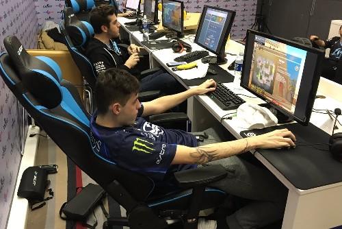 Gamer posture while gaming