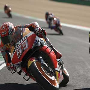 MotoGP 20 Nombre en el traje